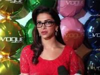 News video: Deepika lives her DDLJ moment